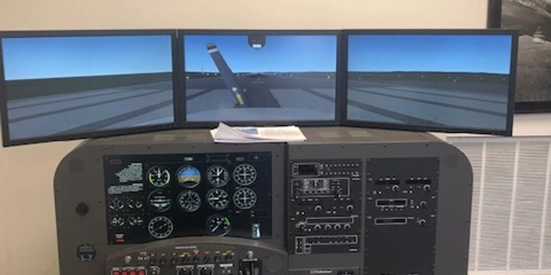 Knoxville Flight Training - Simulator
